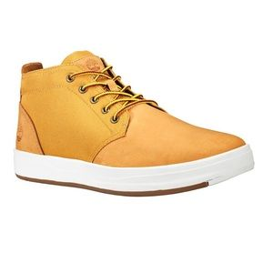 Timberland Chukka Boots for men in Wheat